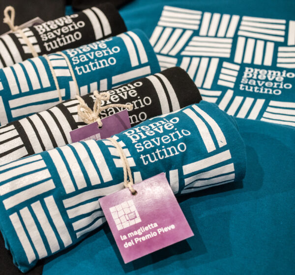 Le magliette del Premio Pieve Saverio Tutino